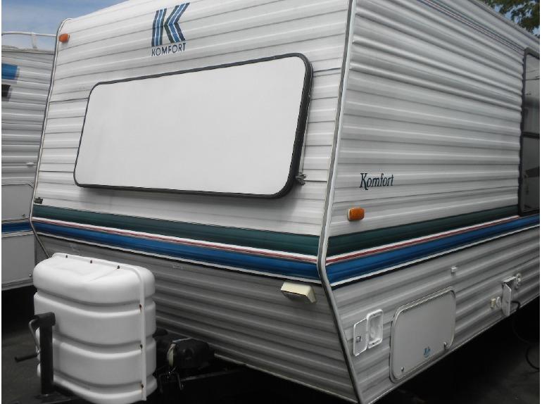 1998 Komfort 25FT TRAILER W/BUNK BEDS