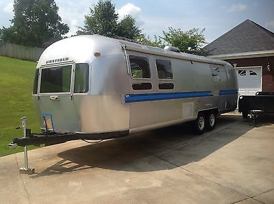1982 Airstream Excella 31-foot (Project)