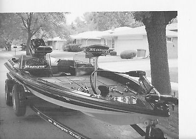 1992 Apache Ranger 372V Bass Boat with Trailer