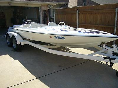 1979 Beachcomber Jet Boat (Ski Boat)