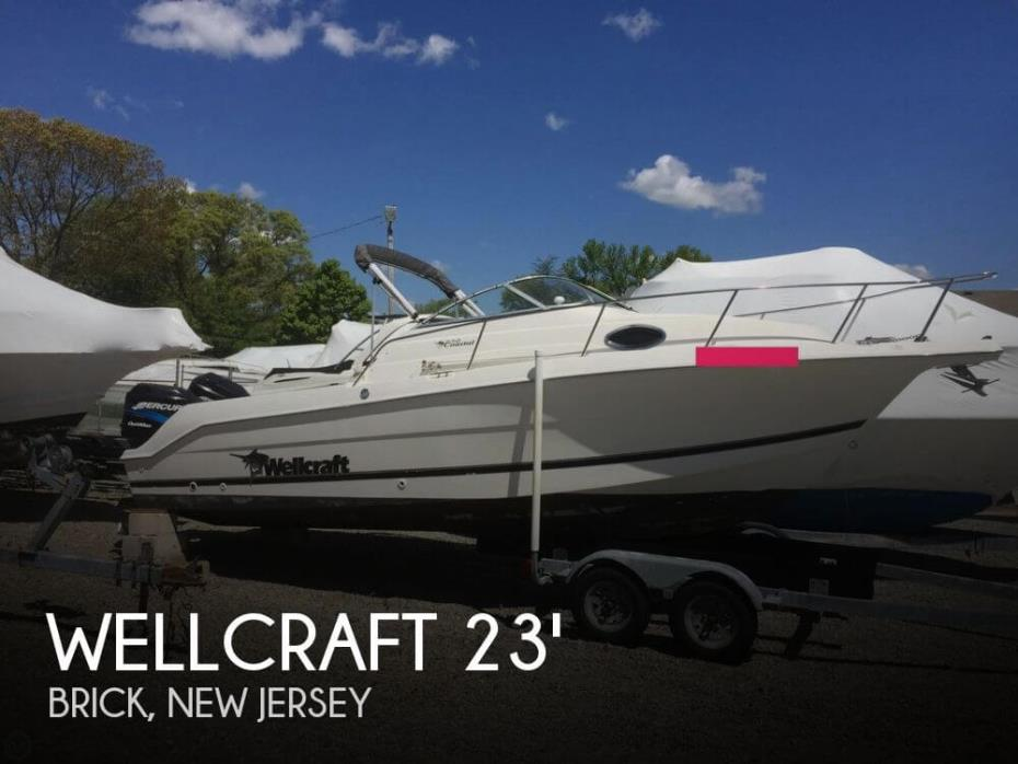 2001 Wellcraft 230 Coastal