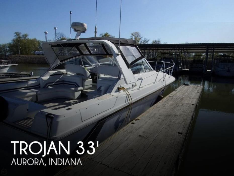 1990 Trojan 10 Meter Mid-Cabin