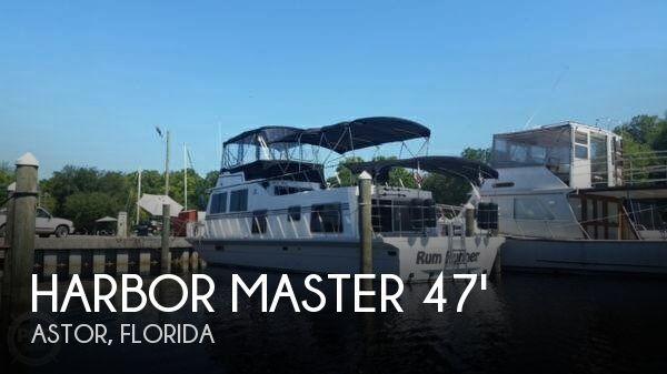 1985 Harbor Master 47 Houseboat
