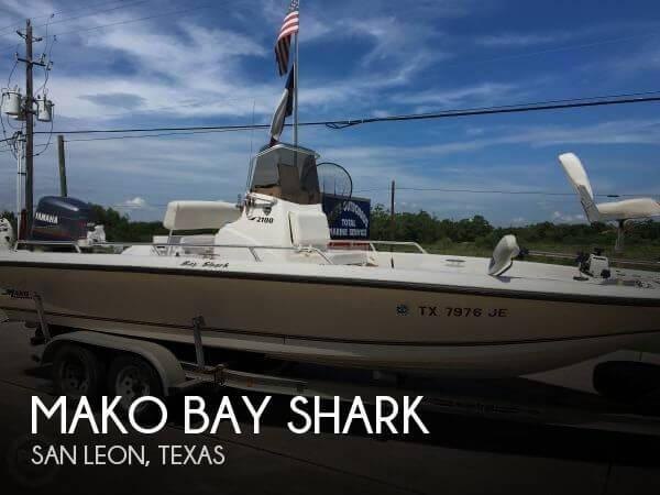 1999 Mako Bay Shark