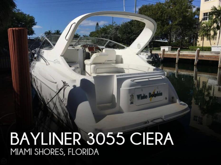 2000 Bayliner 3055 Ciera