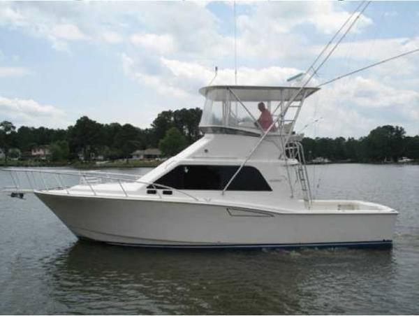 2000 Cabo Yachts 35 Flybridge Sportfisher