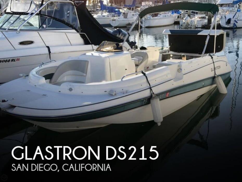2006 Glastron DS215