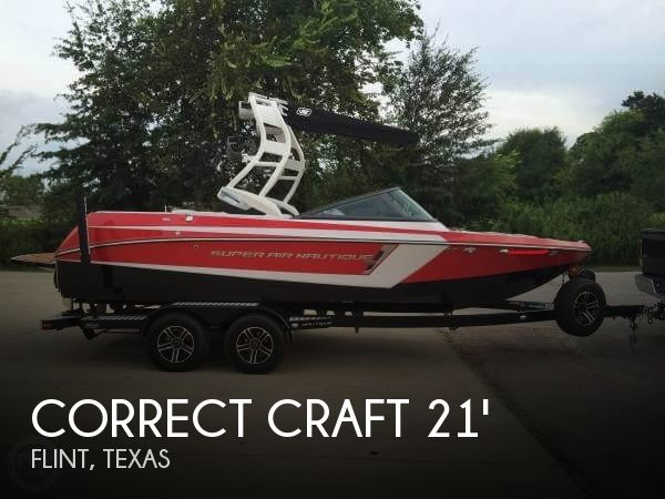 2015 Correct Craft Super Air Nautique 210