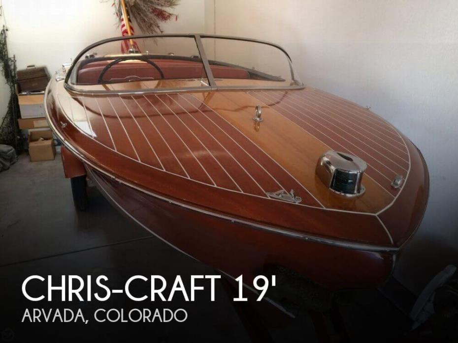 1956 Chris-Craft 19 Capri