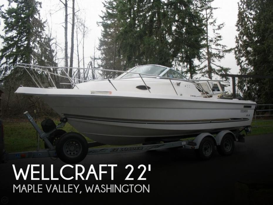 2004 Wellcraft Walkaround 22