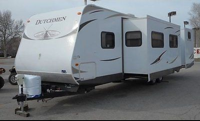 2012 Dutchmen Classic M-315BHDS 35' x 8' Travel Trailer Sleeps 9 Gas Queen Bed