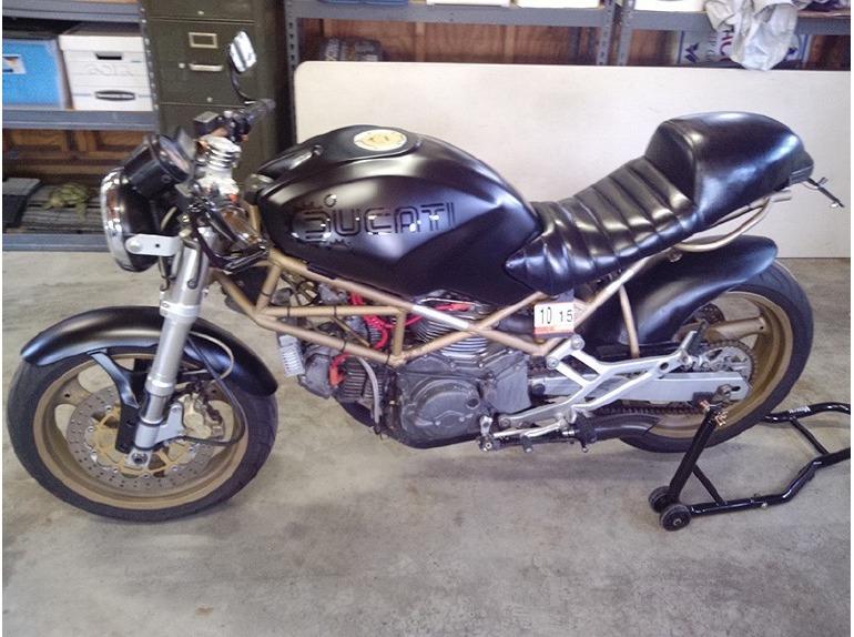 2000 Ducati Monster 750