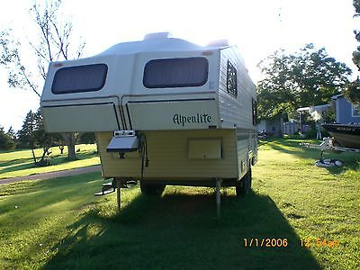 Sturgis 75th Rally lodging Alpenlite Fifth Wheel RV  Very good condition