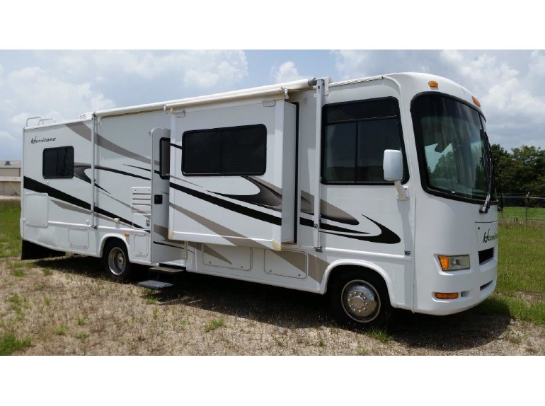 Thor motor coach hurricane rvs for sale in georgia for Thor motor coach hurricane