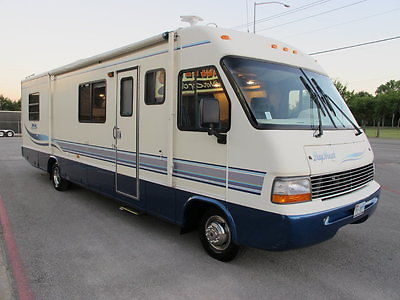 Other Makes Class A RV Daimon day Break 30' RV, Dual roof a/c, good tires, low miles