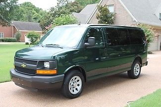Chevrolet : Express LS 8 Passenger Van One Owner Perfect Carfax LS 8 Passenger Rear Heat and Air  Low Miles