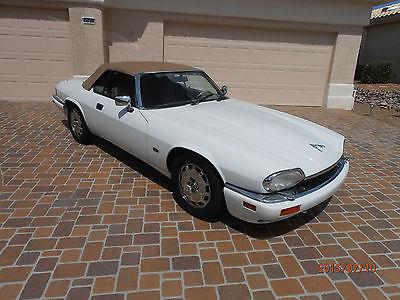 Jaguar : XJS Delux convertible trim 1996 convertible