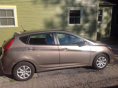 hyundai accent vermont cars for sale. Black Bedroom Furniture Sets. Home Design Ideas