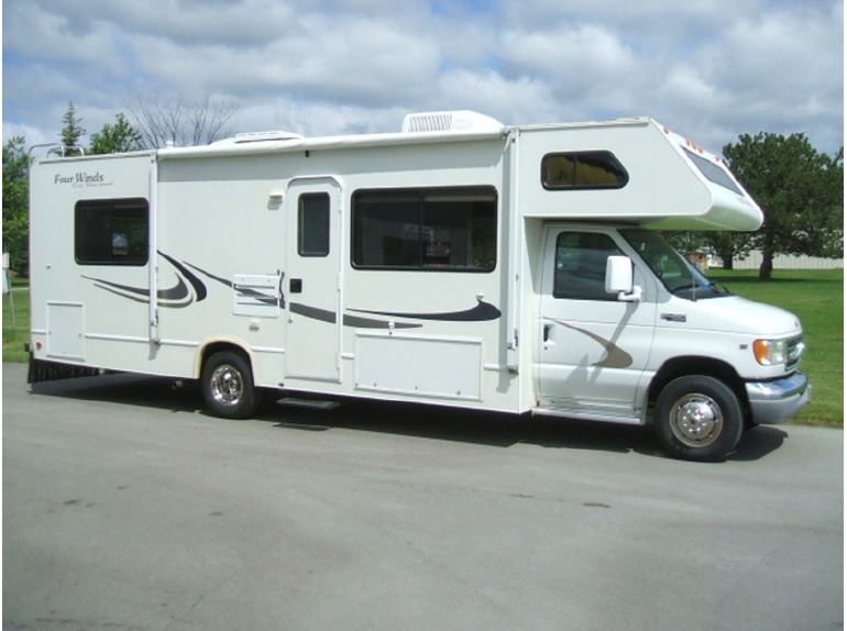 2003 Four Winds 28