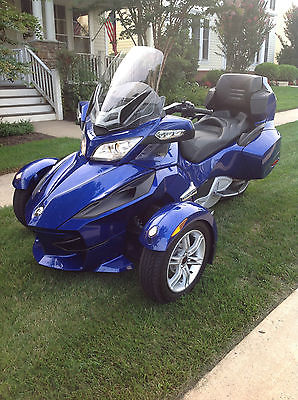 Can-Am : Spyder 2012 can am spyder rt se 5 automatic with audio and convenience package