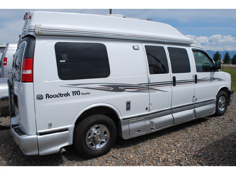 roadtrek 190 popular rvs for sale in montana. Black Bedroom Furniture Sets. Home Design Ideas
