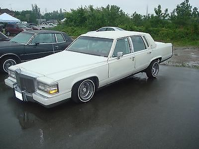 Cadillac : Brougham d'Elegance Sedan 4-Door LOWRIDER 1990 Cadillac Brougham d'Elegance Sedan 4-Door 5.7L