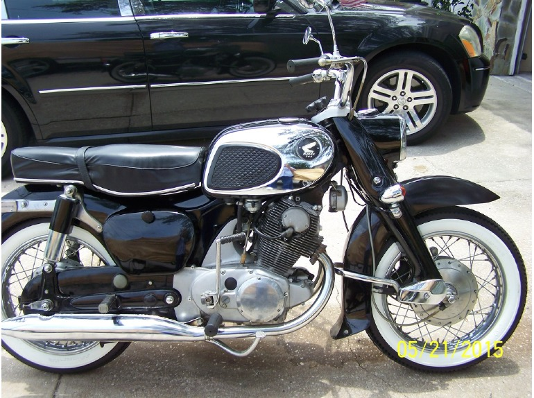 1967 Honda Dream 300