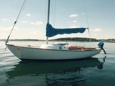 Cape Dory Typhoon Weekender classic 19-ft. sailboat w/Bimini, motor, extra gear!