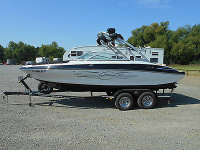 2012 Crownline 215 SS Ski boat with 31 hours