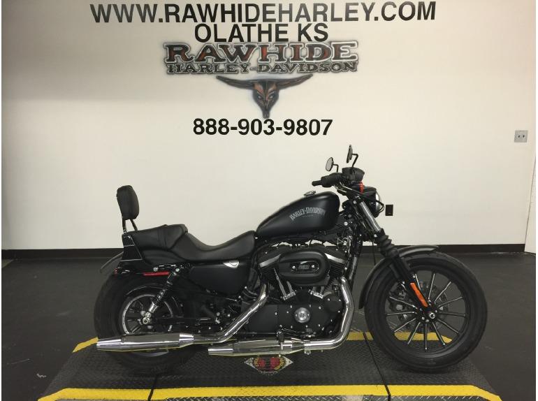 2015 Harley-Davidson Sportster 883 Iron XL88N