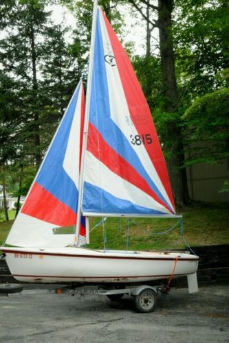 1992 Catalina Capri 14.2 Sailboat