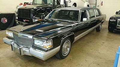 Cadillac : Fleetwood 3 Row seating in Black Leather 1992 cadillac fleetwood brougham 6 door stretch limo