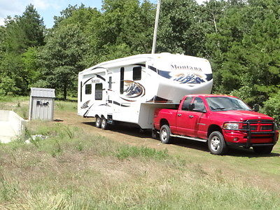 2010 keystone montana 38ft 5th wheel,ONE OWNER