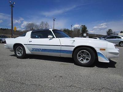 Chevrolet : Camaro Other 1980 chevrolet camaro z 28 last year 4 speed 350 car nice driver