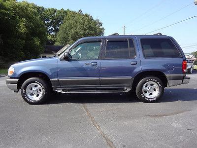 Ford : Explorer SUV 2001 ford explorer xlt sport utility 4 door 4.0 l