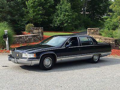 Cadillac : Fleetwood Base Sedan 4-Door 1993 cadillac fleetwood base sedan 4 door 5.7 l