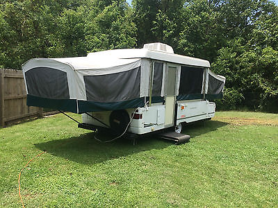 2005 Coleman Westlake pop up camper.Park ready