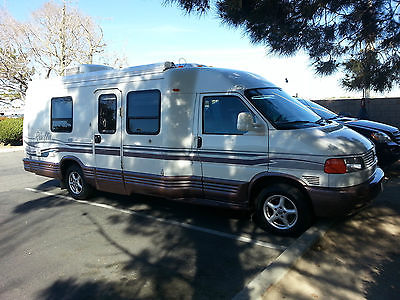 1998 WINNEBAGO RIALTA 22RC Twin (FD Twin) TRICKED OUT-Volkswagon VW Eurovan VR6