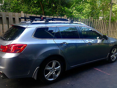 Acura : TSX Sport Wagon w/ Tech Package Silver. Black leather. Ex condition. Navigation, Bluetooth, Rearview Camera...