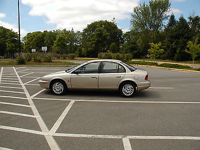 Saturn : S-Series SL2 Very low mileage, excellent car.