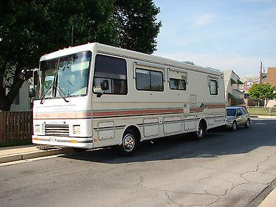 1992 Coachmen M310RD Santara 32Ft Class A Motorhome.