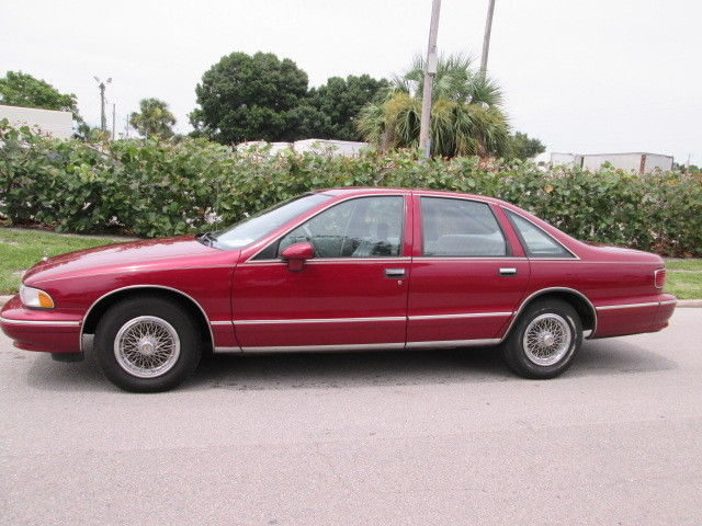 Chevrolet : Caprice 4dr Sedan Cl 1993 caprice classic 2 owner florida car clean carfax must see