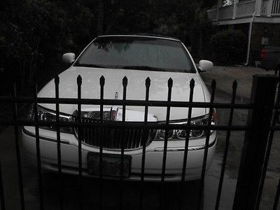 Lincoln : Town Car Base Limousine 4-Door 2001 lincoln town car base limousine 4 door 4.6 l