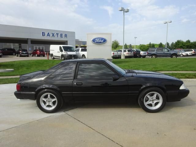 1990 Ford Mustang LX 5.0 2dr Hatchback LX