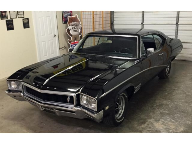 Buick : Skylark GS Clone High Performance Executive Muscle Car with A/C. Awesome Black Paint and Interior