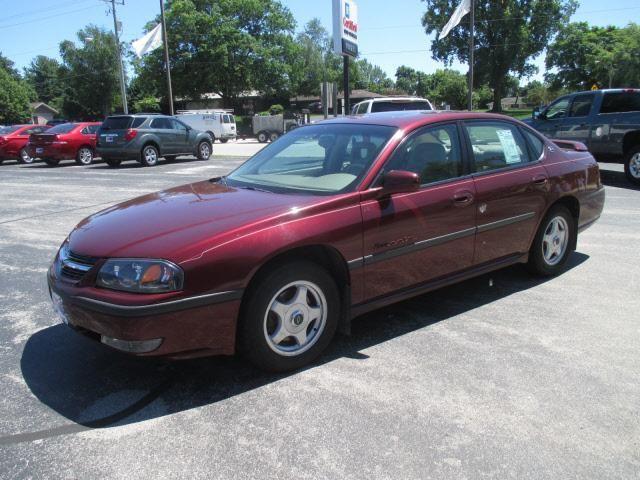 2001 Chevrolet Impala LS 4dr Sedan LS