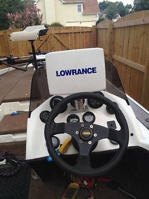 ChampioN 221 Elite DC Bass Boat  - Loaded! 225 Mariner, HDS Lowrance, H2,