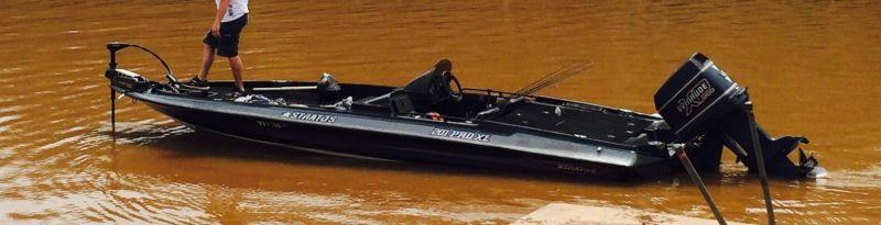 1991 Stratos 201 pro Bass Boat