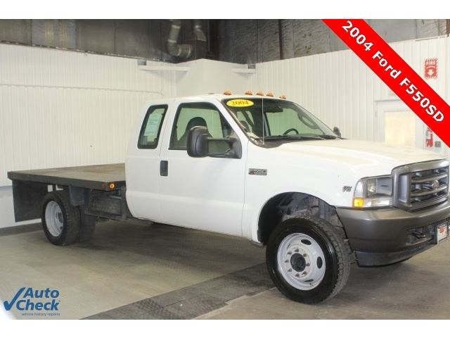 Ford : Other Pickups XL Used 04 Ford F-550SD XL Extended Cab 4x4 9.5' Steel Flatbed 4x4 V10 Low Miles AT