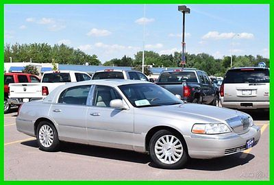 Lincoln : Town Car SIGNATURE 2003 signature used 4.6 l v 8 16 v automatic rwd sedan